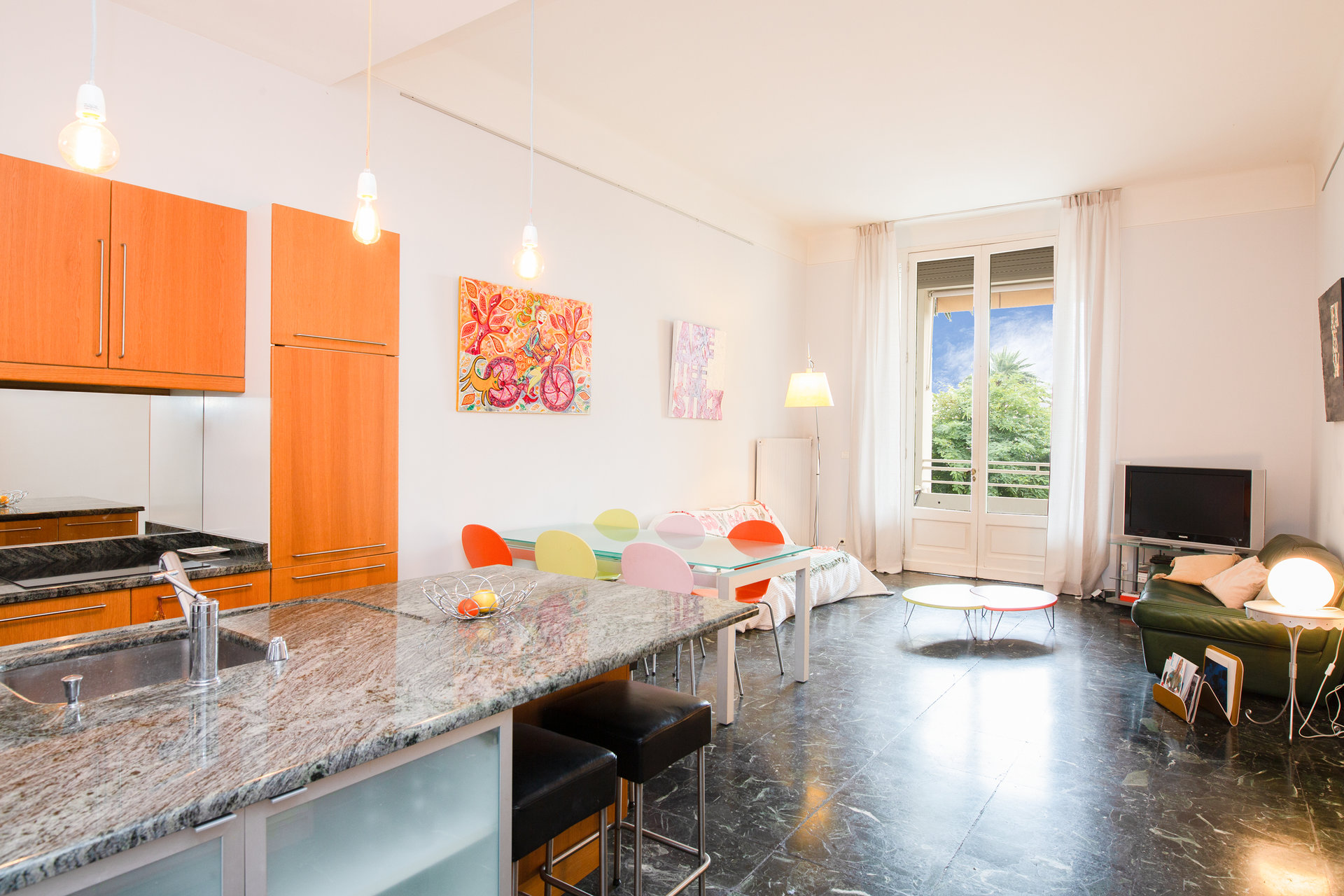 Cannes Montfleury, spacious 3 bedrooms apt 129sqm, terrace 33sqm, walking Croisette