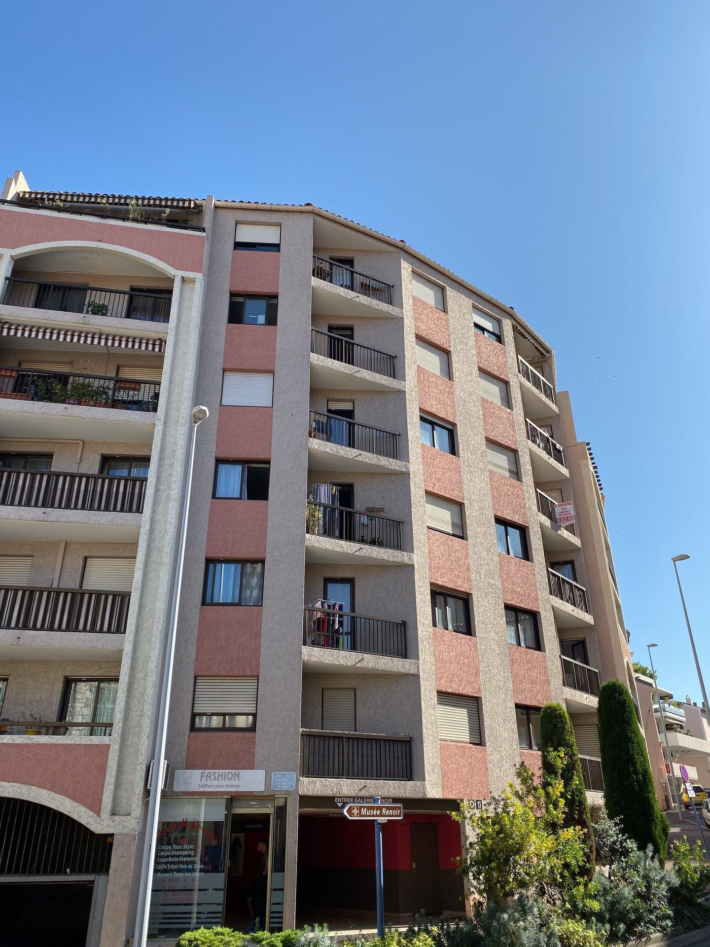 Sale Apartment Cagnes-sur-Mer Centre-ville