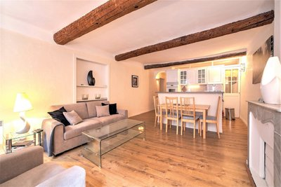 Charming 2-Bedroom apartment – Cannes Center