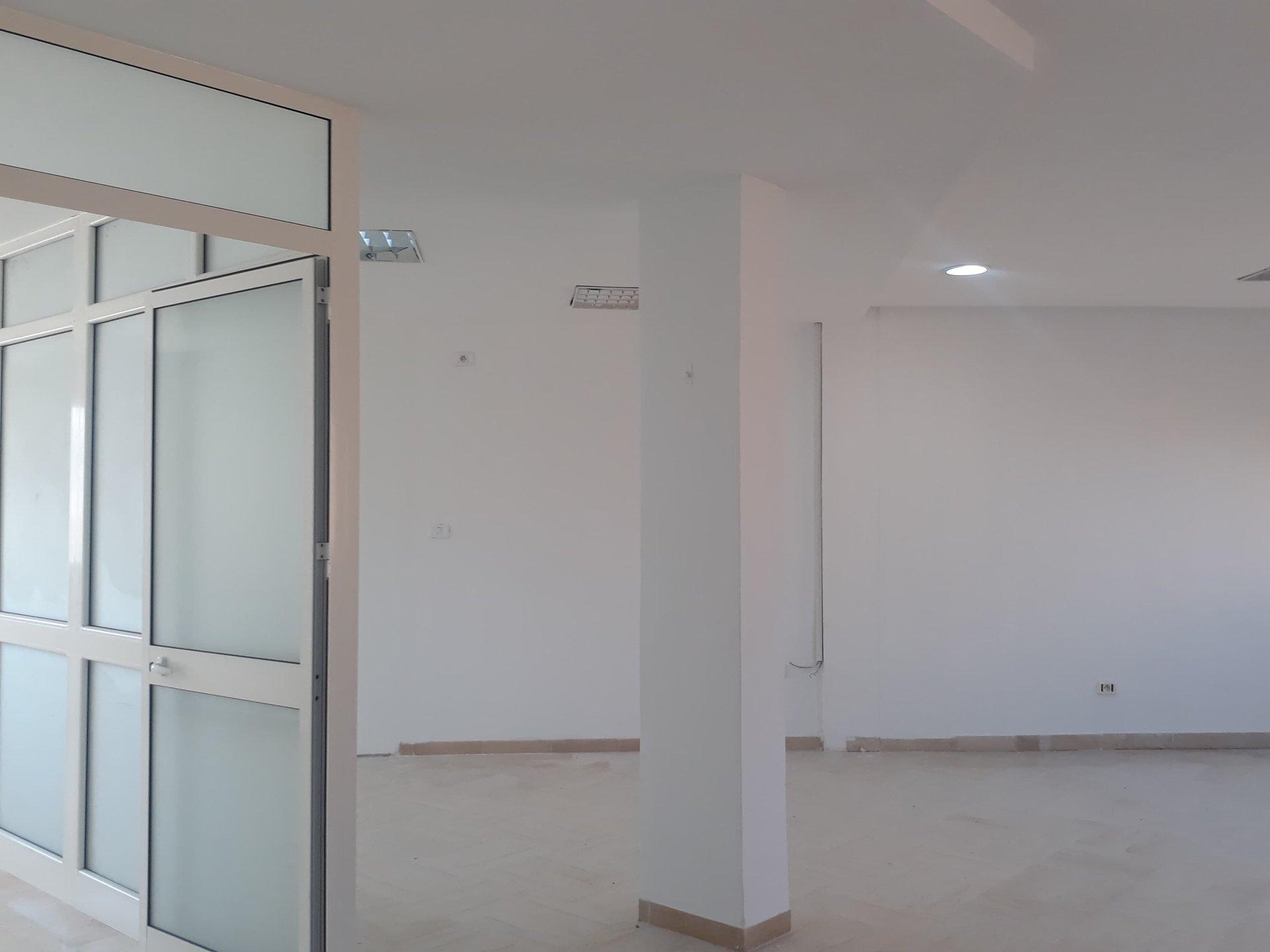 Location Bureau A+2 de 155 m² aux Berges du Lac 2