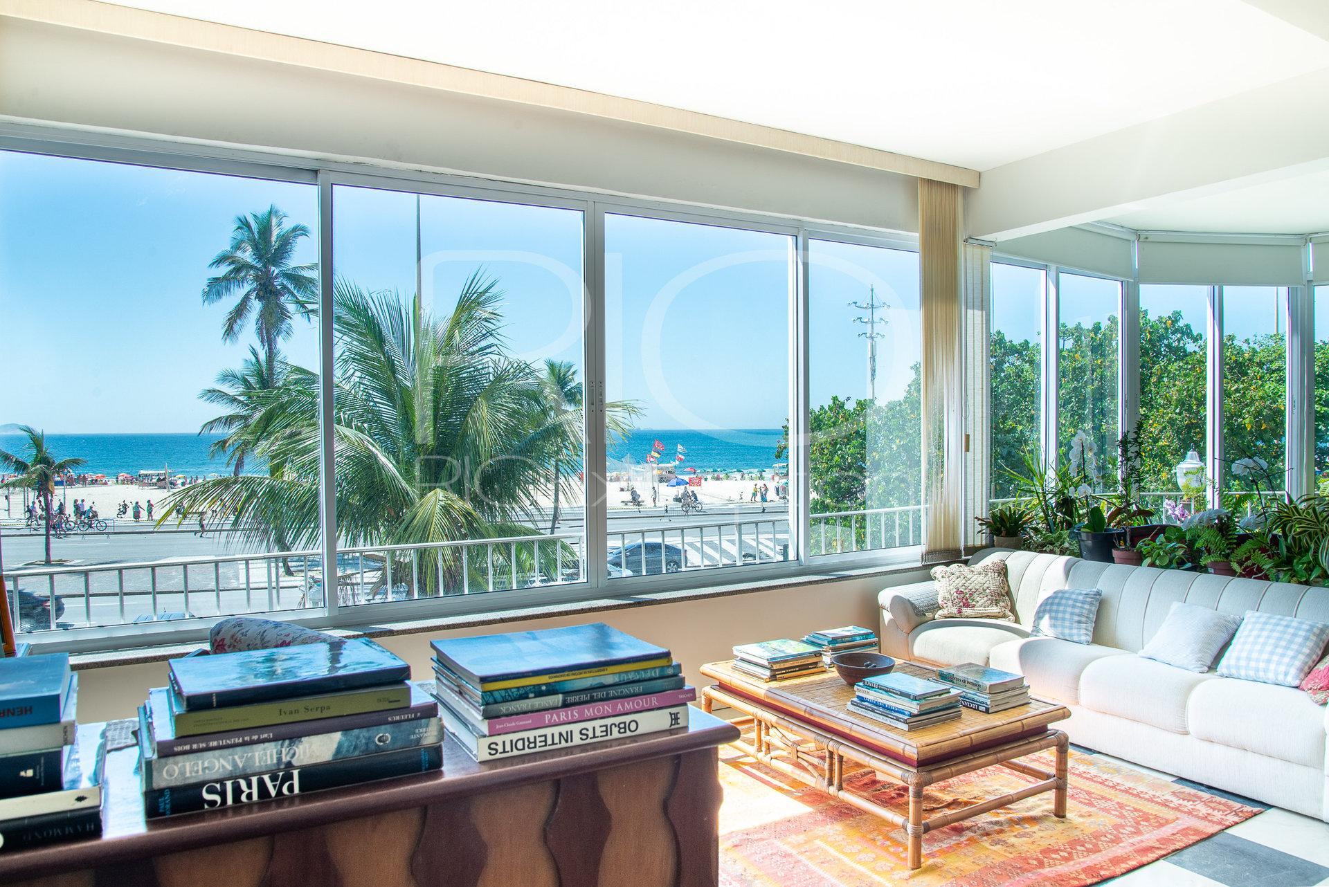 Atlântica posto 5 - Lindíssimo apartamento 4 quartos - 264m2.