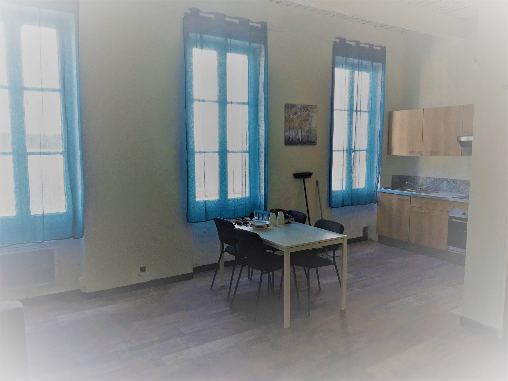 APPARTEMENT TYPE 2 MEUBLE