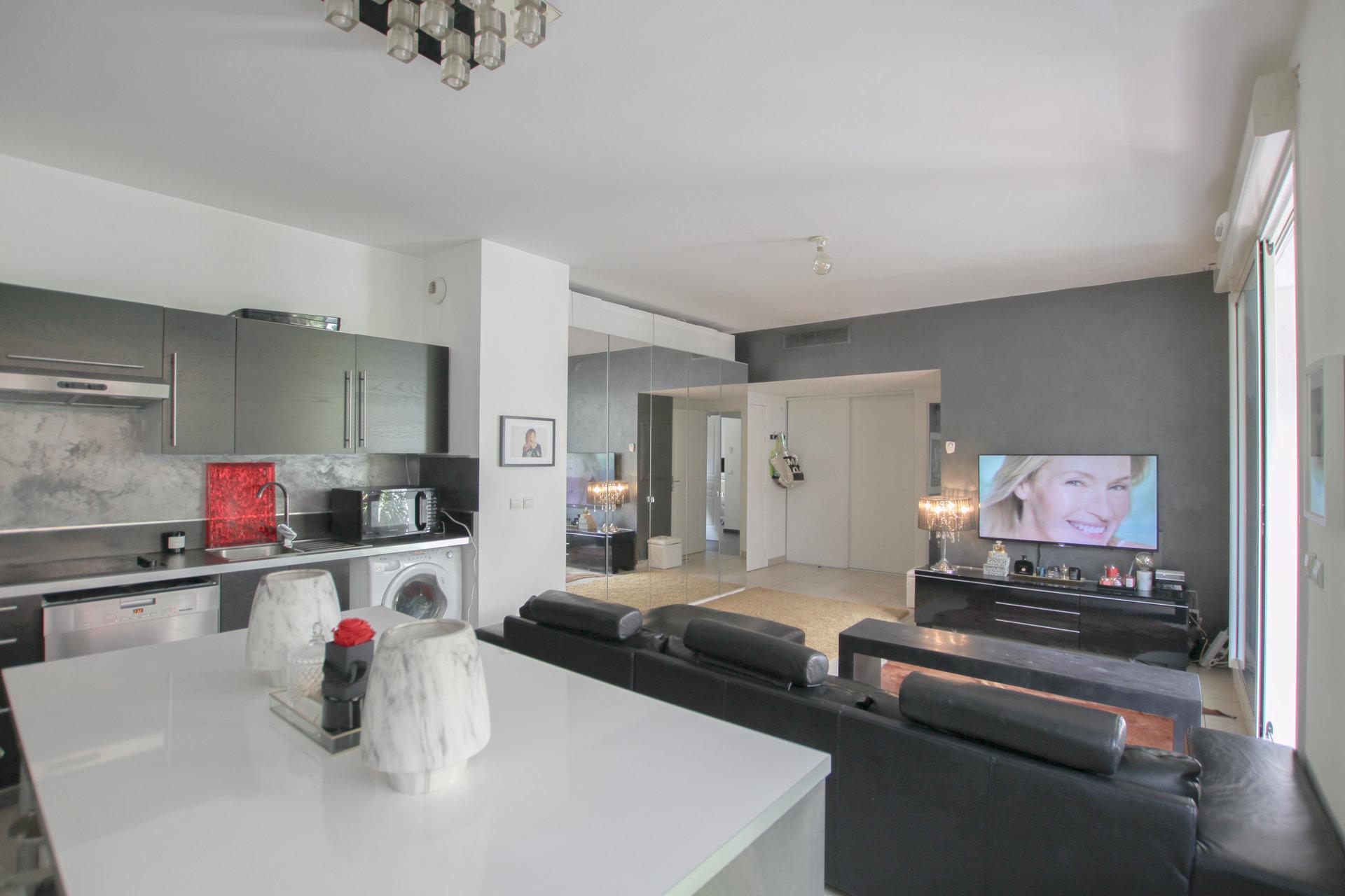 Périer - Superbe appartement de type 3 avec terrasse dans une résidence de 2008.