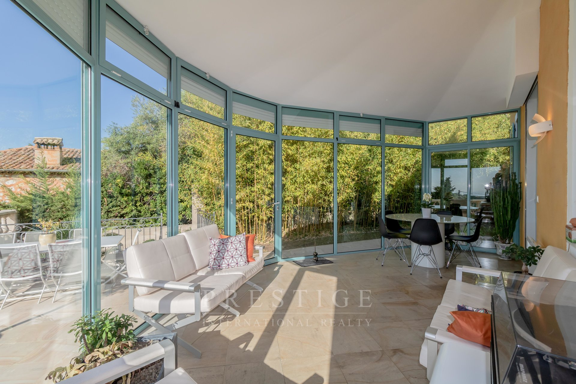 Vence, property sea view with pool