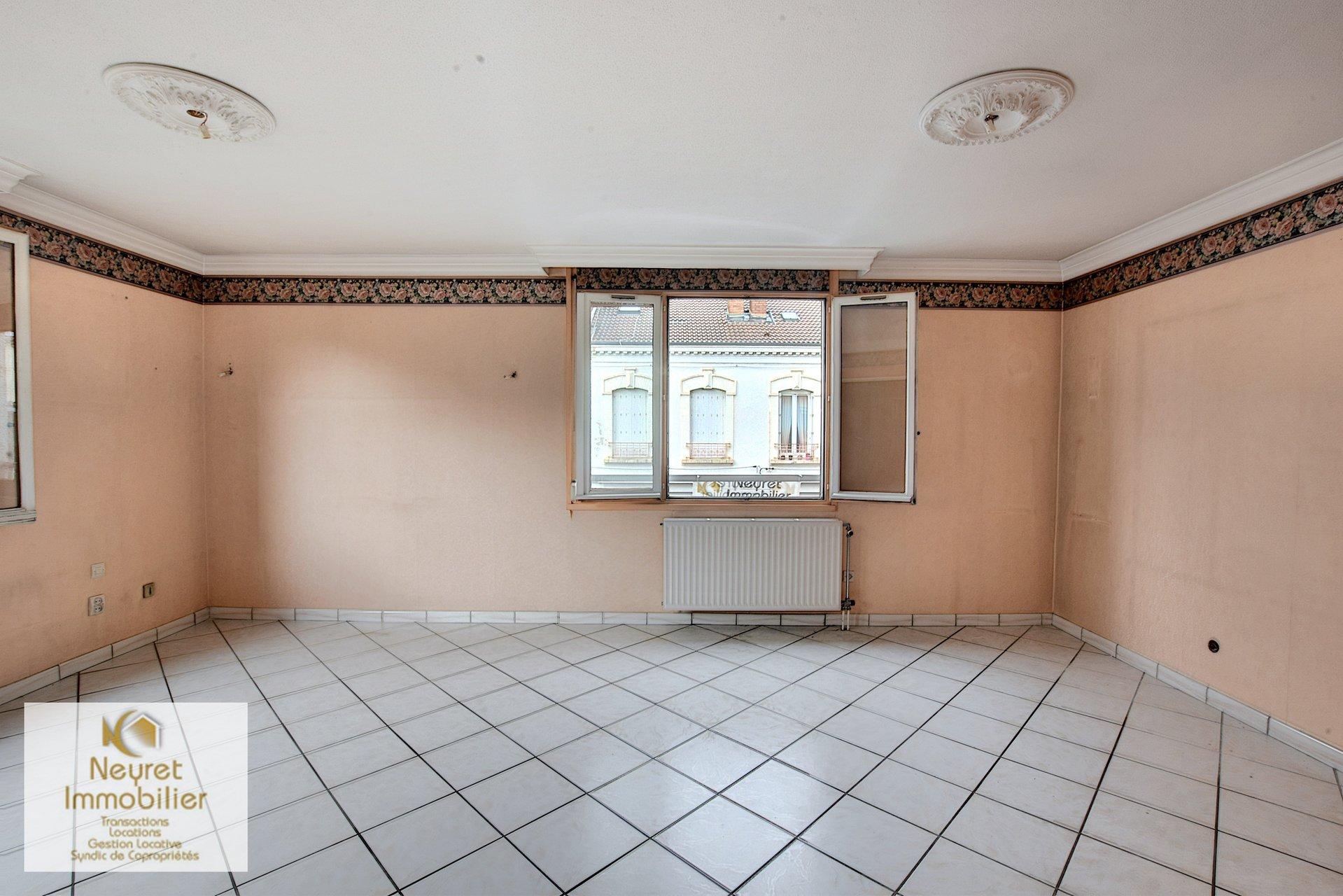 Vente Appartement - Le Chambon-Feugerolles