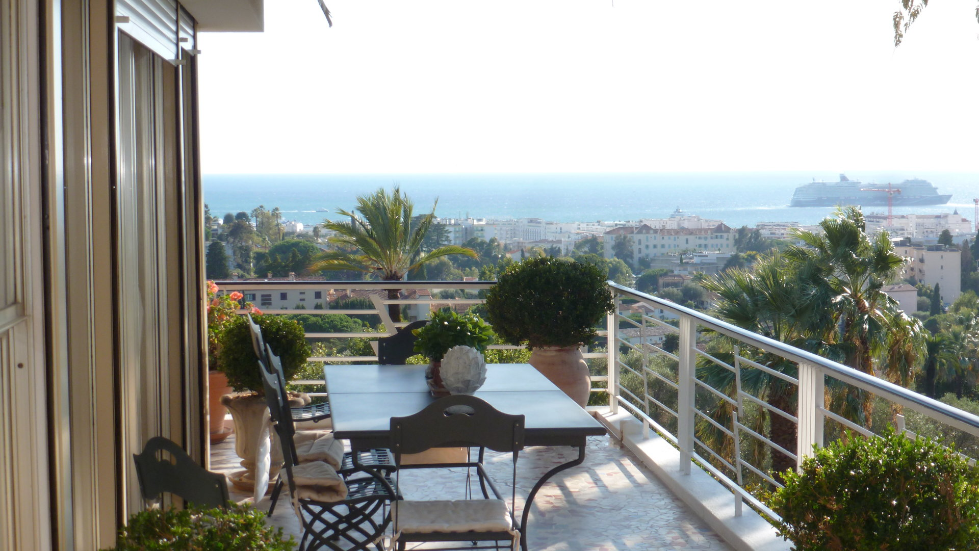TO SELL 140M² + 50M² Ter PANORAMIC  SEA VIEW