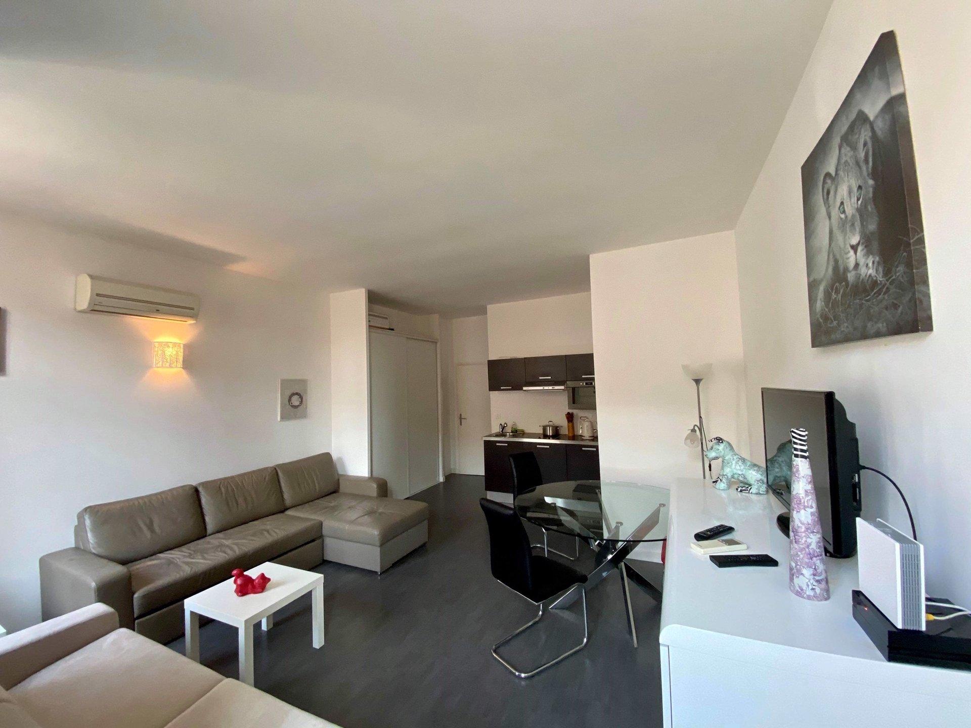 Studio 32 m2  MASSENA/GALERIE LAFAYETTE