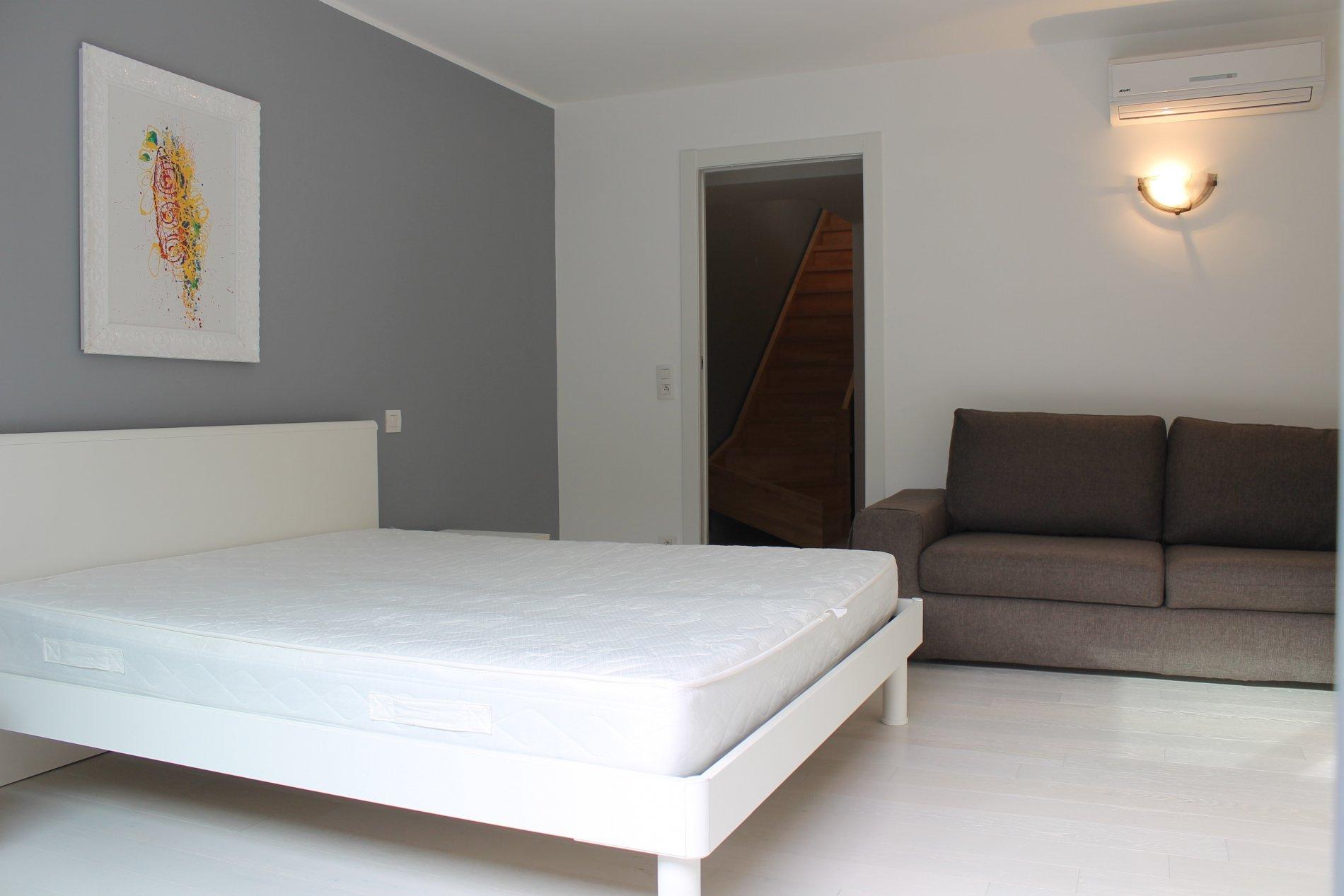 RARE location 4 pièces meublé terrasse vue mer ROQUEBRUNE-CAP-MARTIN