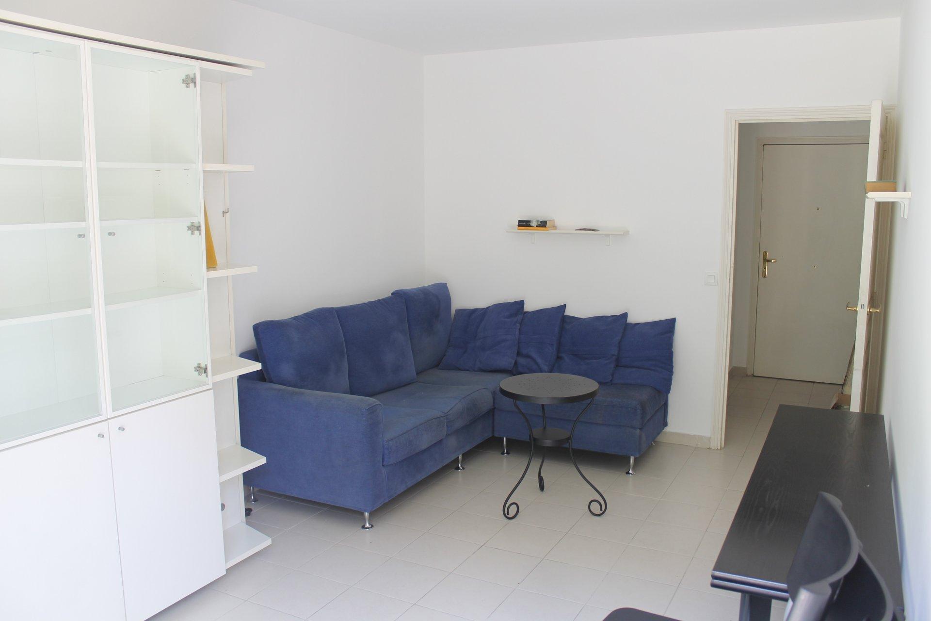 Menton plein centre résidence moderne