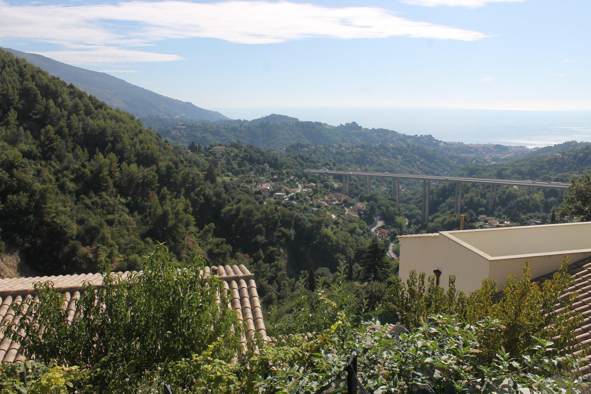 villa route de Saint-Agnès