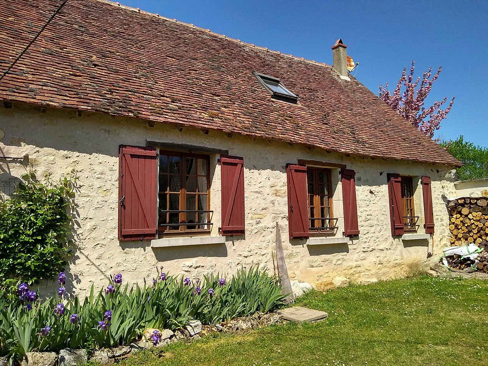 La Brenne, Indre 36, near Lignac: 2 cottages with garden