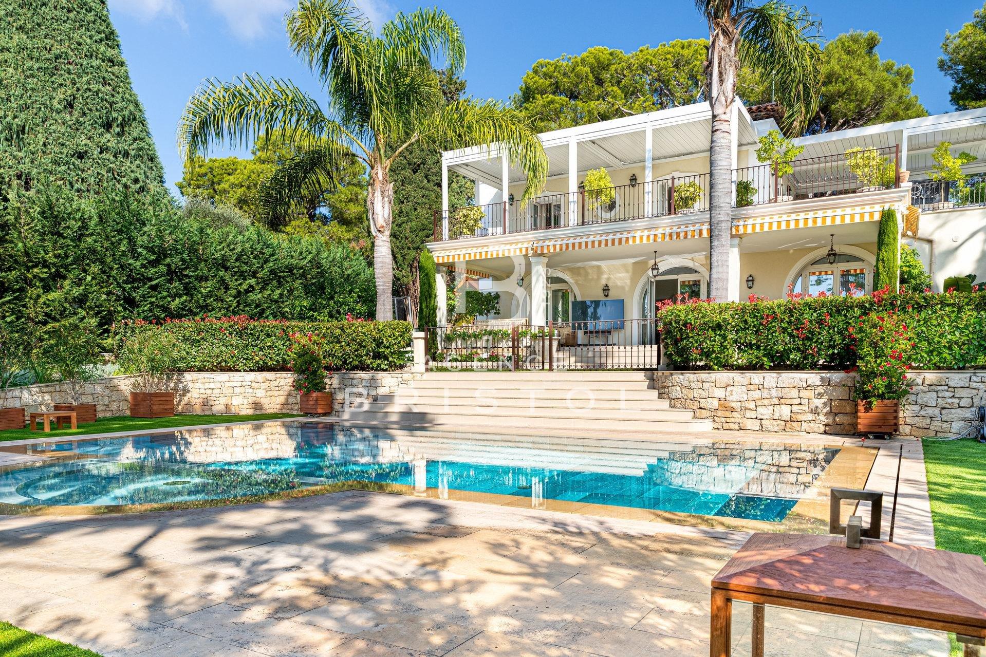 Magnifique villa proche du Grand Hôtel au Cap Ferrat