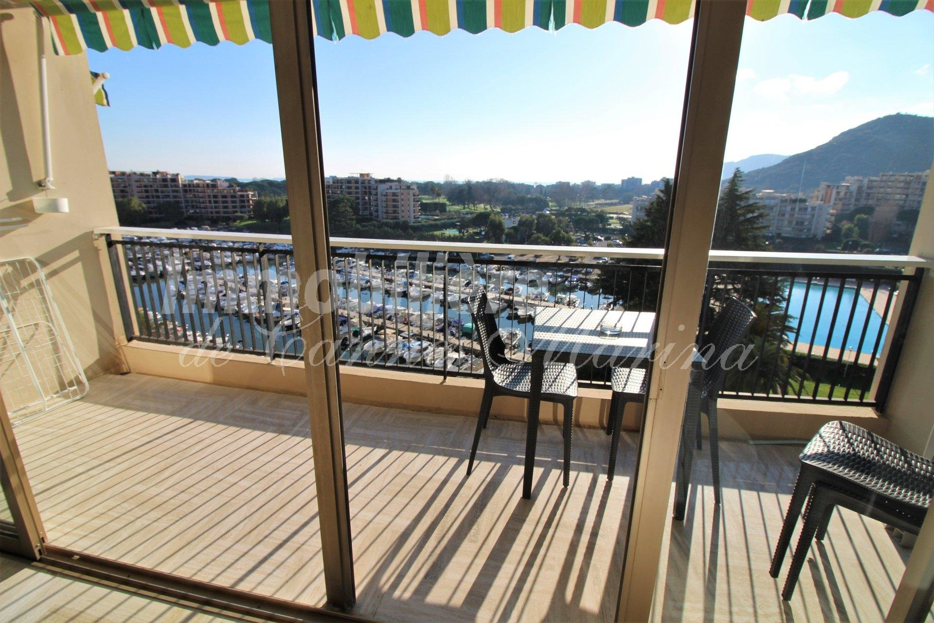 Studio harbor view - parking - swimming pool
