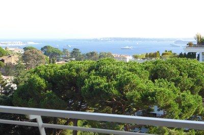 Appartement 3 pièces rénové vue mer Cannes
