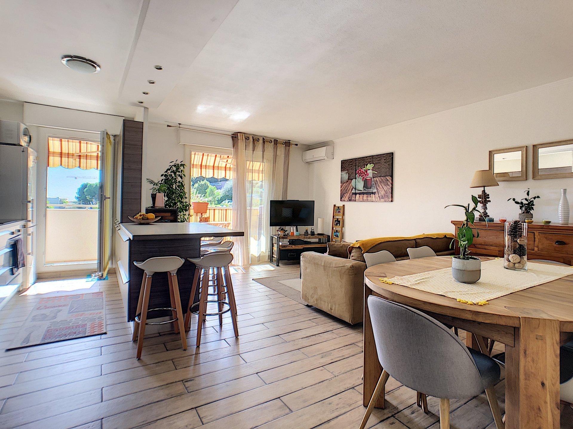 Sain Laurent du Var (06700) - Appartement 4 pièces - Terrasse Sud - Calme