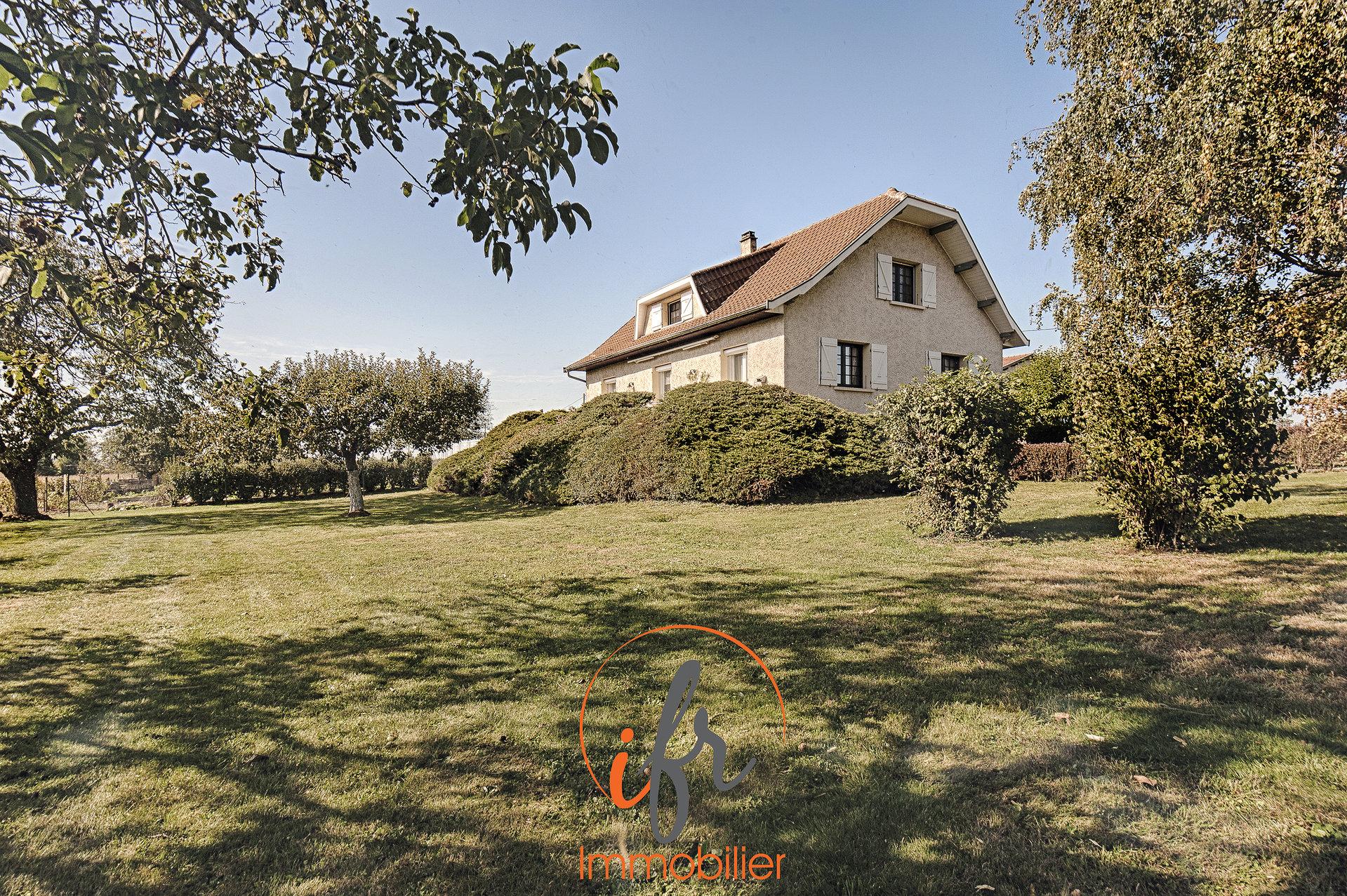 3Mn A43 belle propriété dans un environnement idyllique