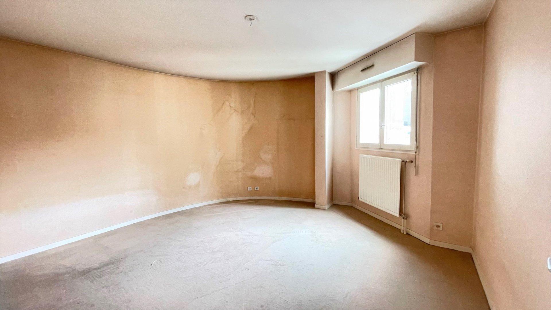 Courbevoie, 5 pièces 110 m² à rénover