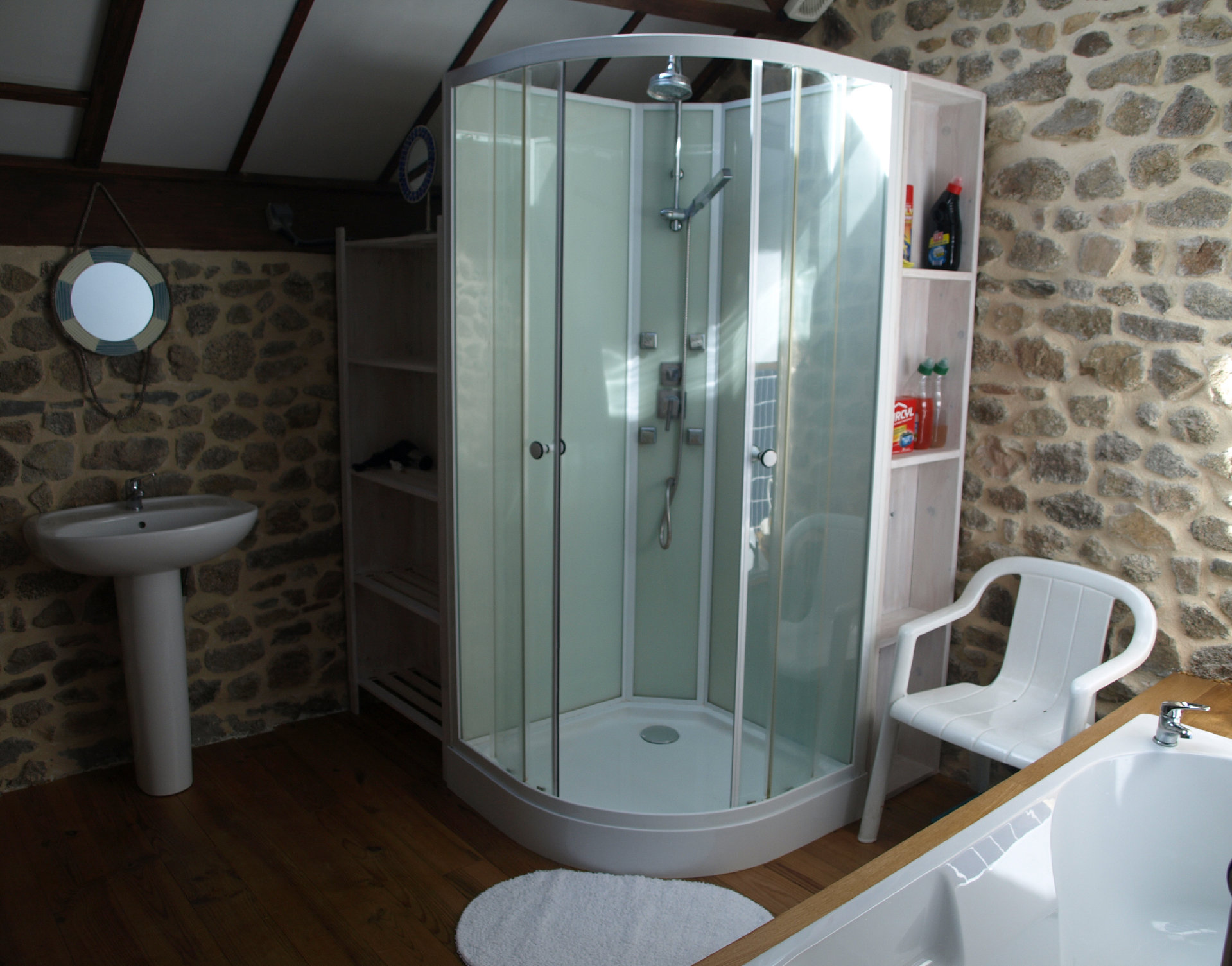 For sale, in Puy de Dôme,  converted barn with garden.
