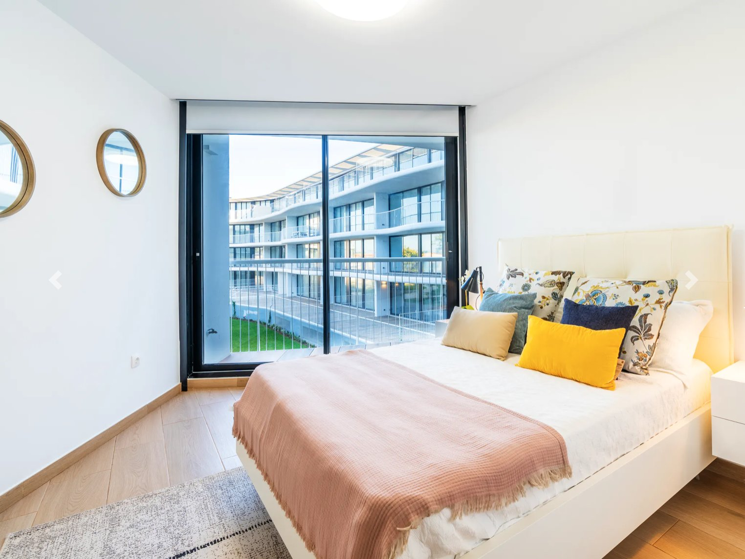 Apartment with 2 bedrooms in new complex
