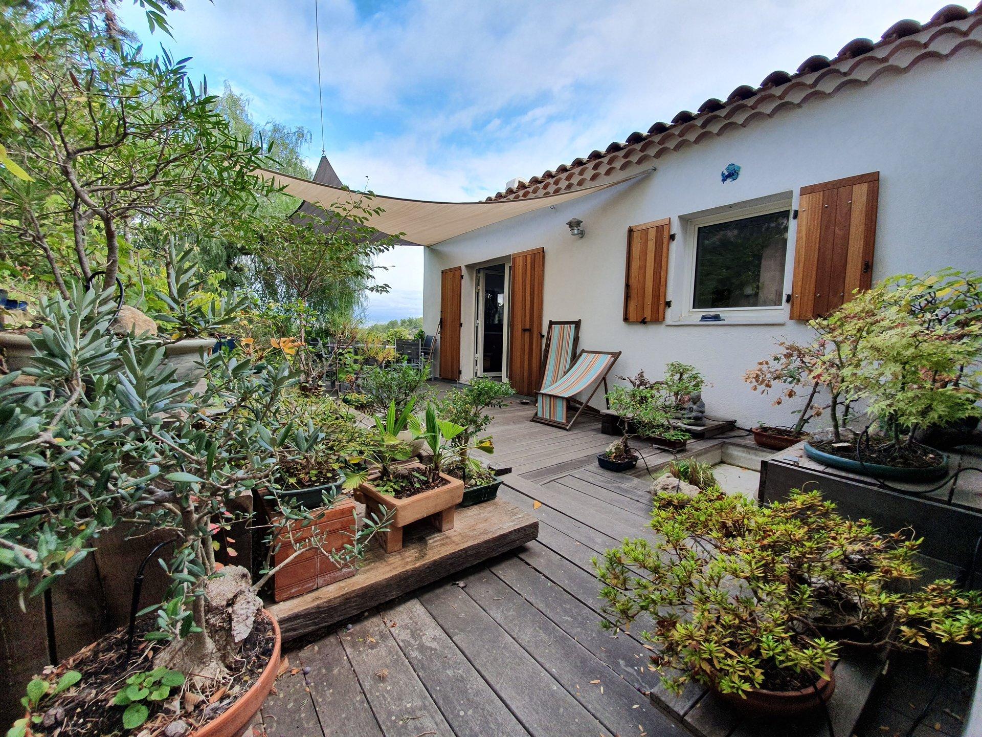 St Cyr/ Mer La Madrague,  villa T4 avec studio
