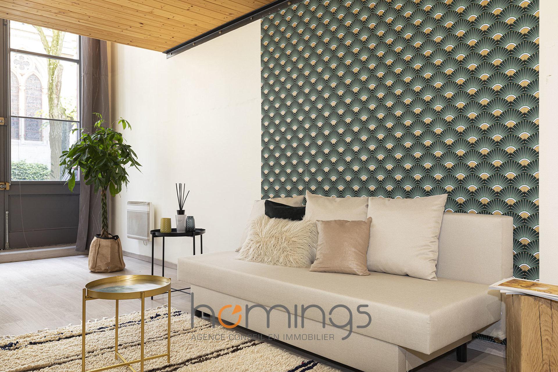 Loué par notre agence - T3 Duplex meublé Place P. de Chavannes