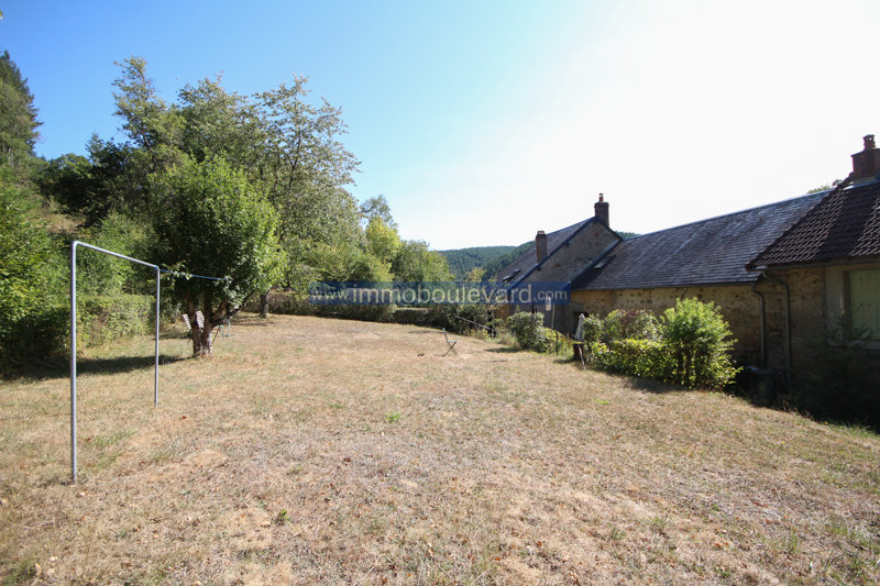 East Morvan, near Sommant house for sale with guest house