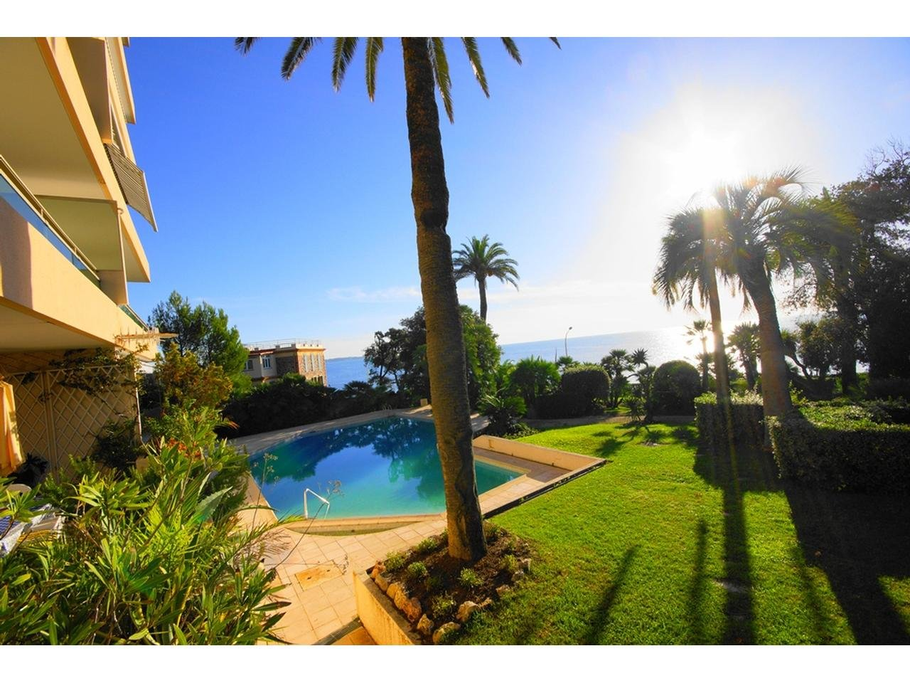 Cannes Palm Beach property for sale with swimming pool