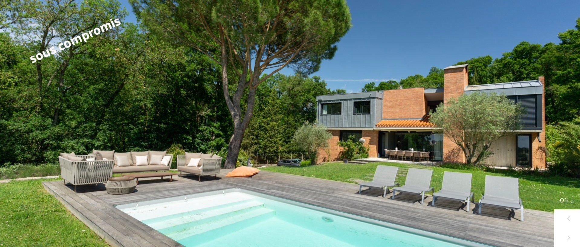 Maison Contemporaine - 9 pièces - Lacroix-Falgarde -