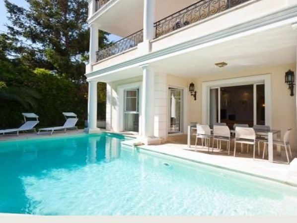 Cap Ferrat - Luxury villa near the port