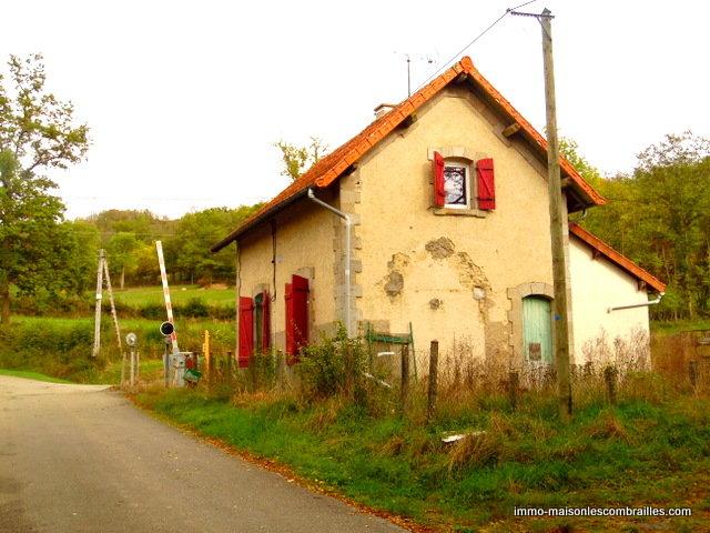 Zu verkaufen in Creuse, Eisenbahnhäuschen mit Garten.
