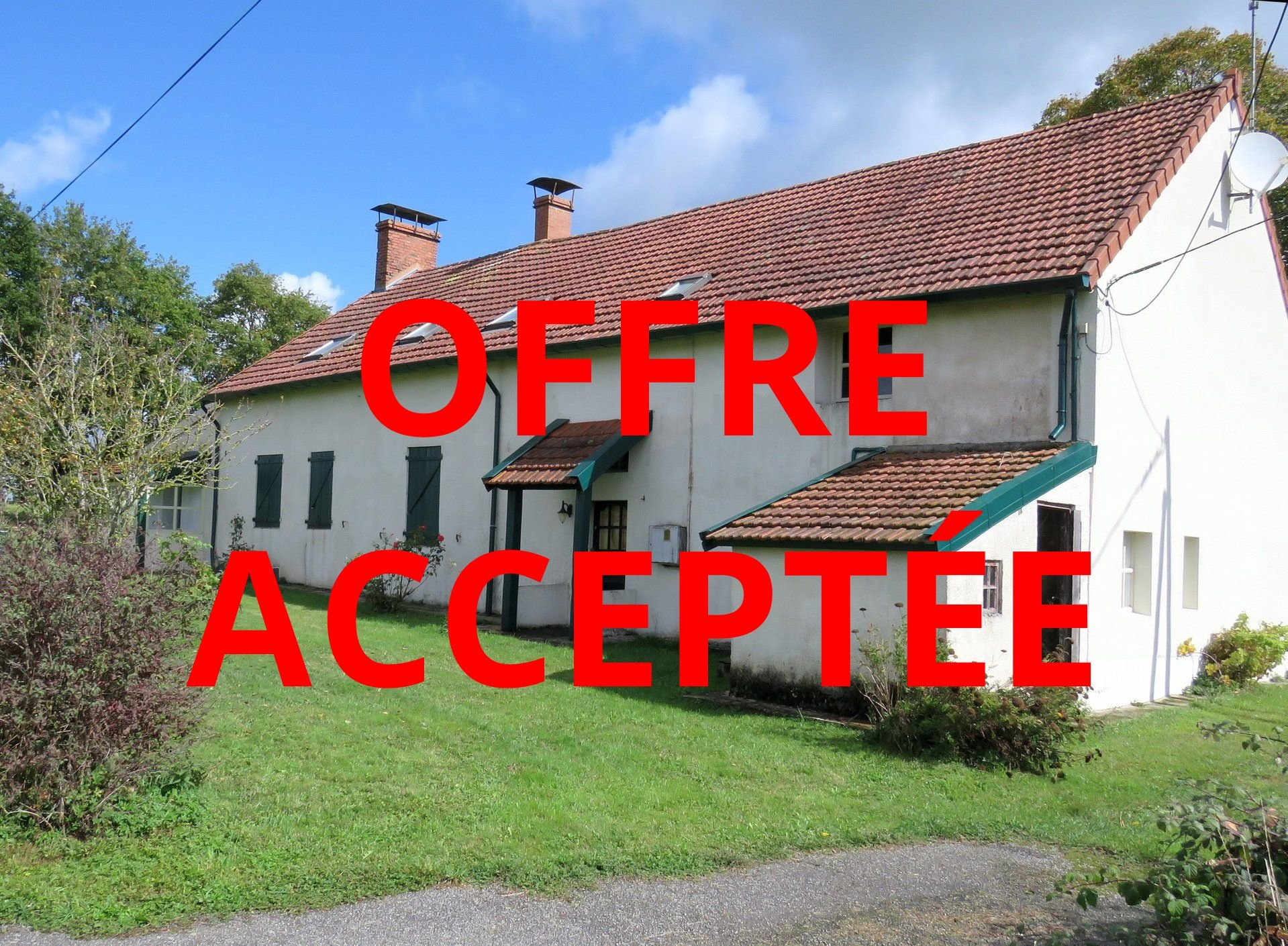 Near Chateaumeillant, Indre 36: house with superb view