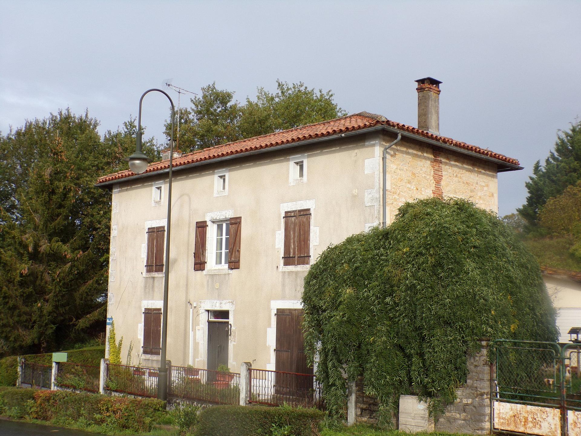 Maison Charentaise  Champagne-Mouton
