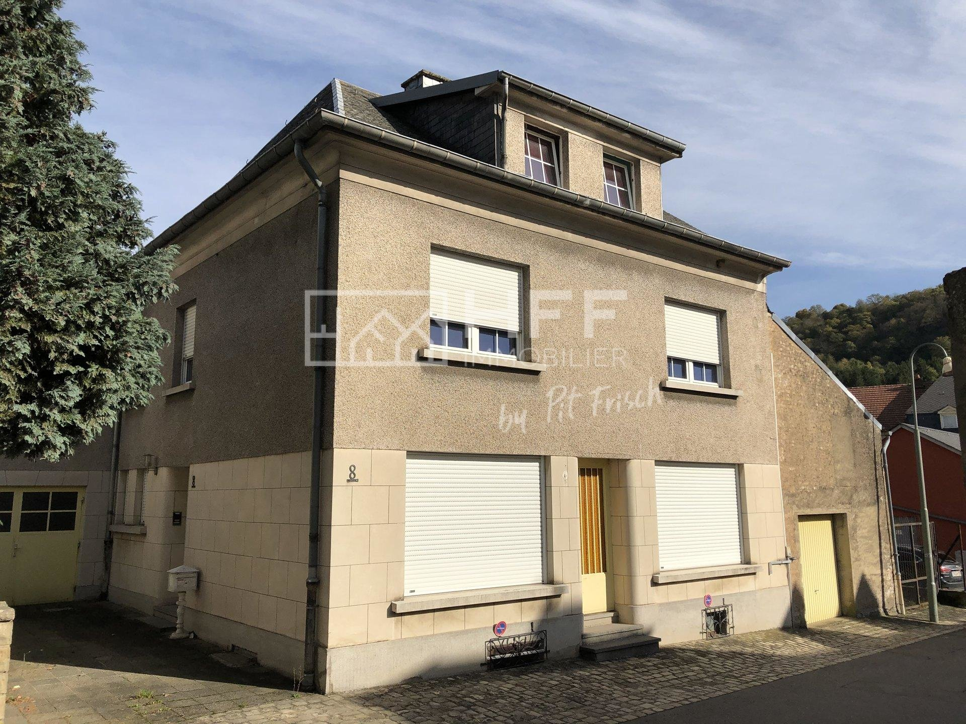 HOUSE TO RENOVATE IN MERTERT