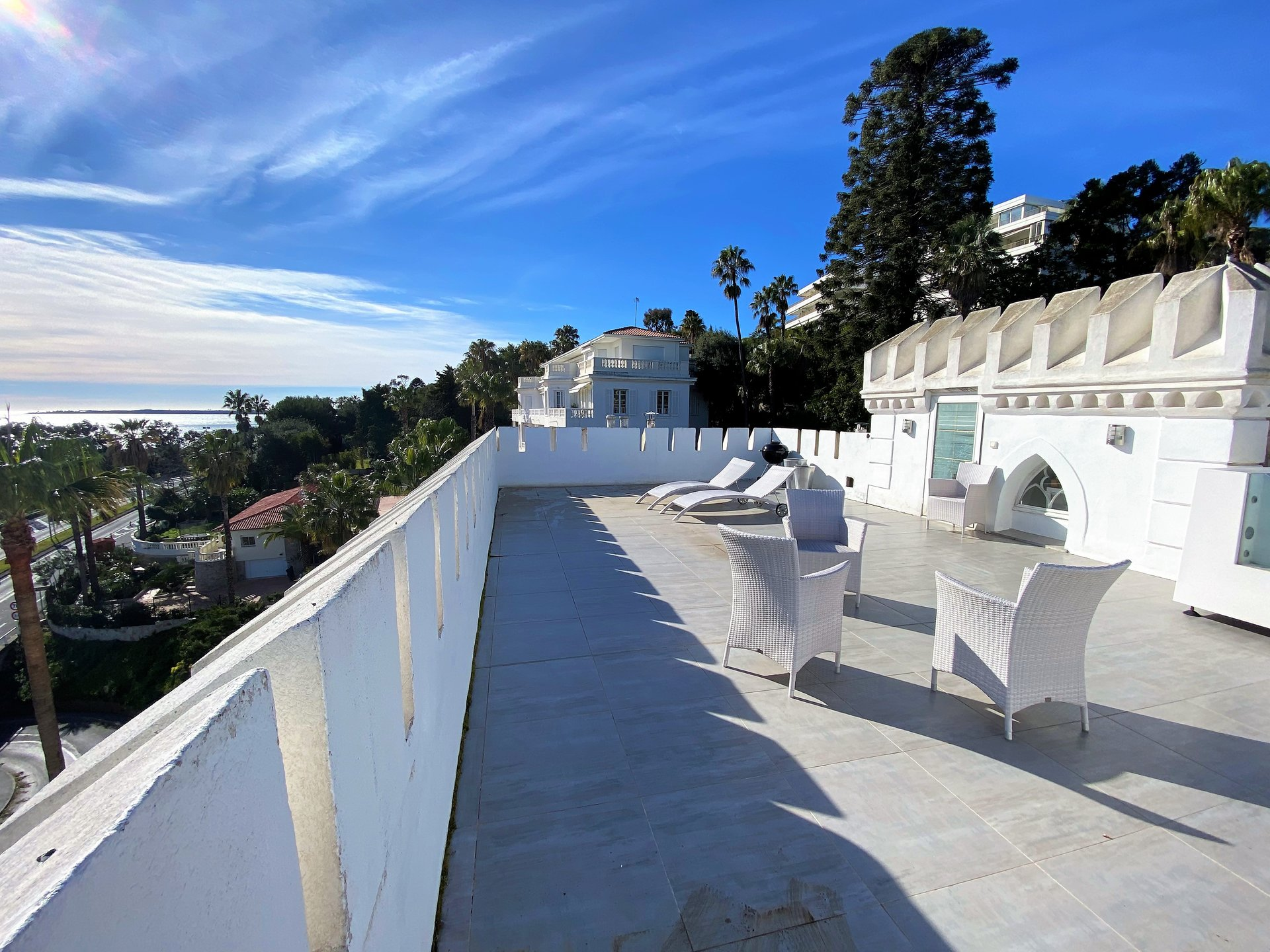 GOLFE JUAN TOP FLOOR MASTER HOUSE PANORAMIC SEA VIEW