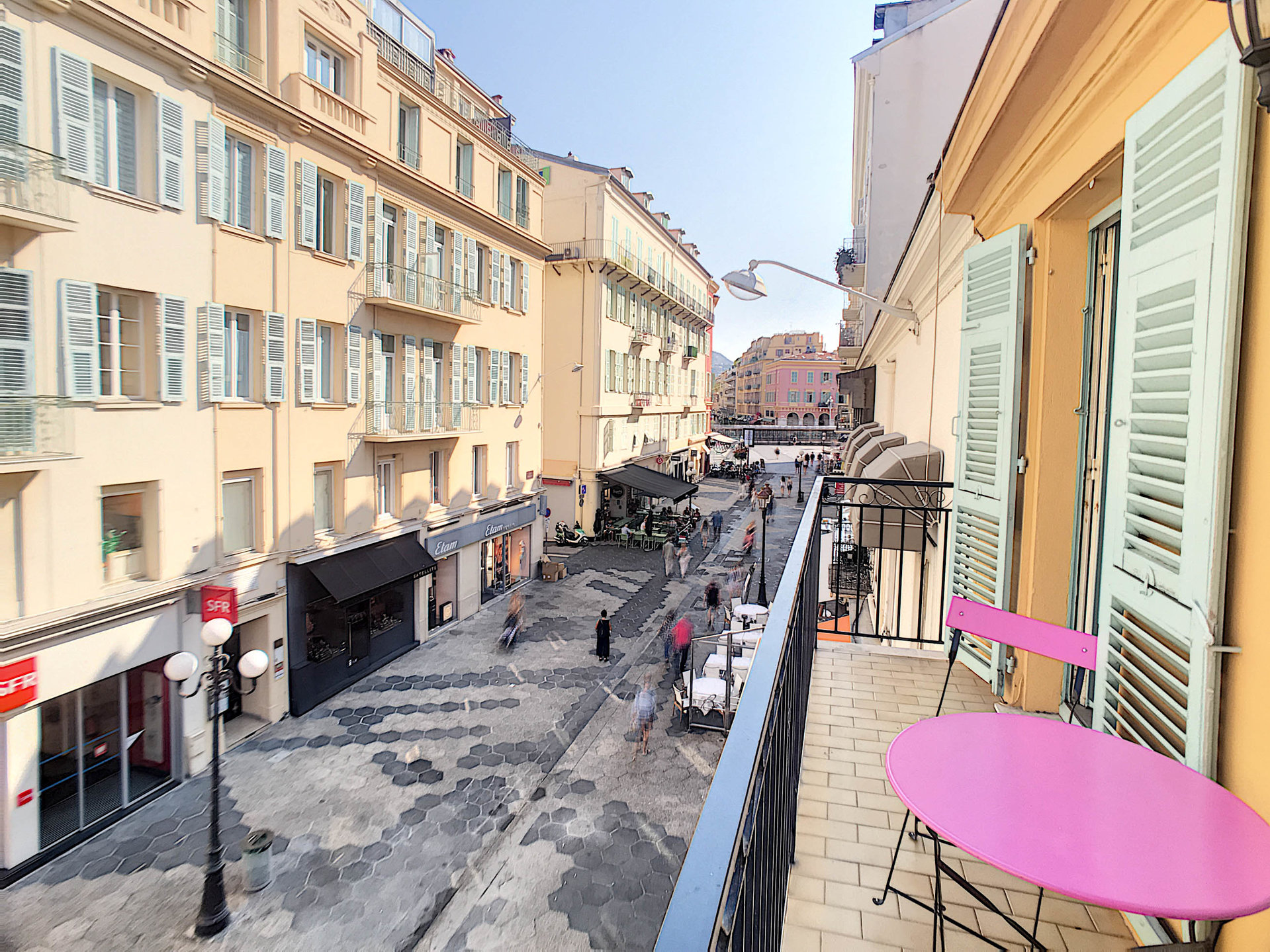 SALE Apartment 4 Rooms Nice Carré d'Or Pedestrian Balconies Top Floor