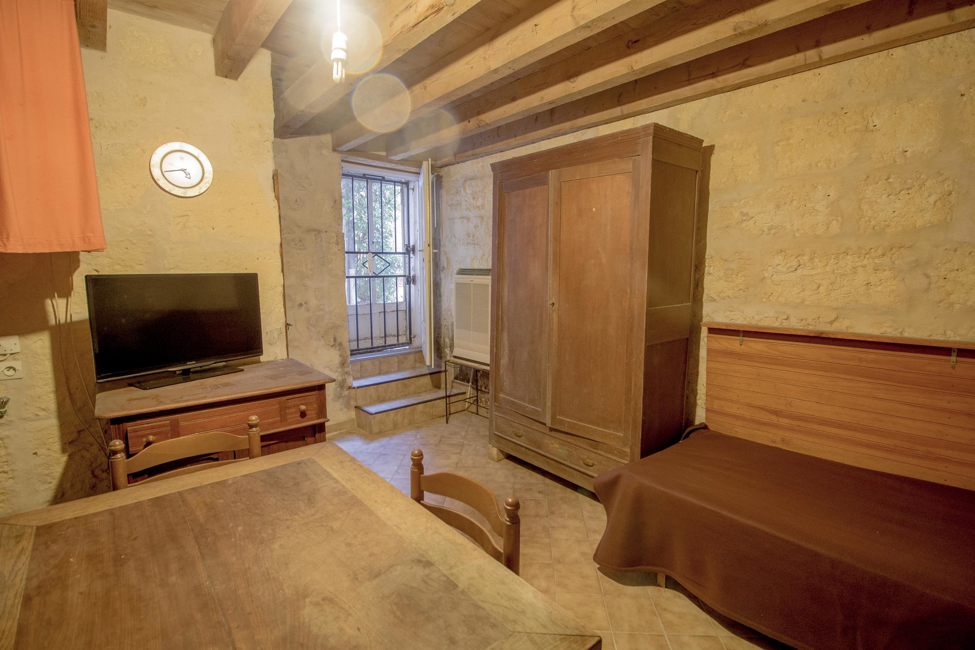 SWEET LITTLE HOUSE  50 M² HEART OF ARLES