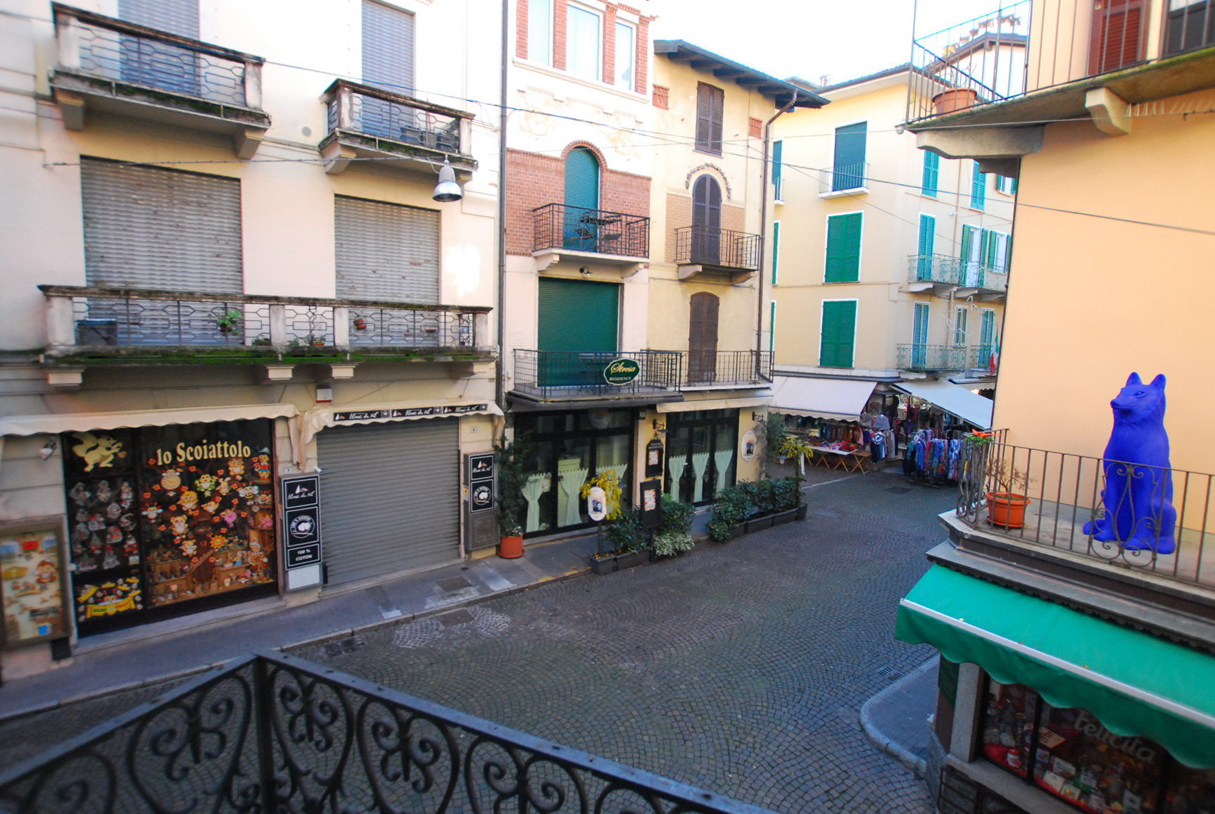 Rent apartment in the centre of Stresa- view of the city centre