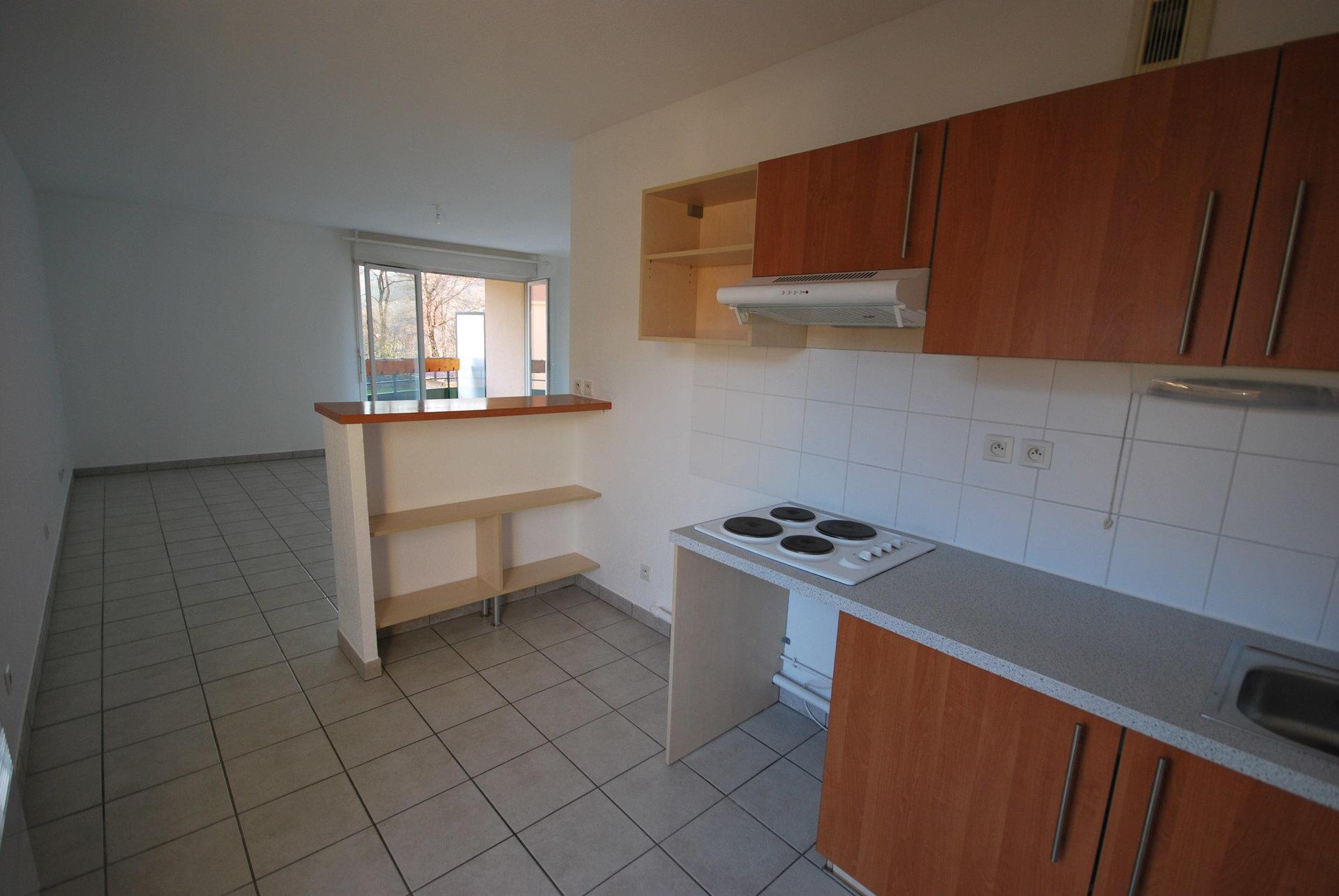 Appartement T3 + 2 parkings + Cave