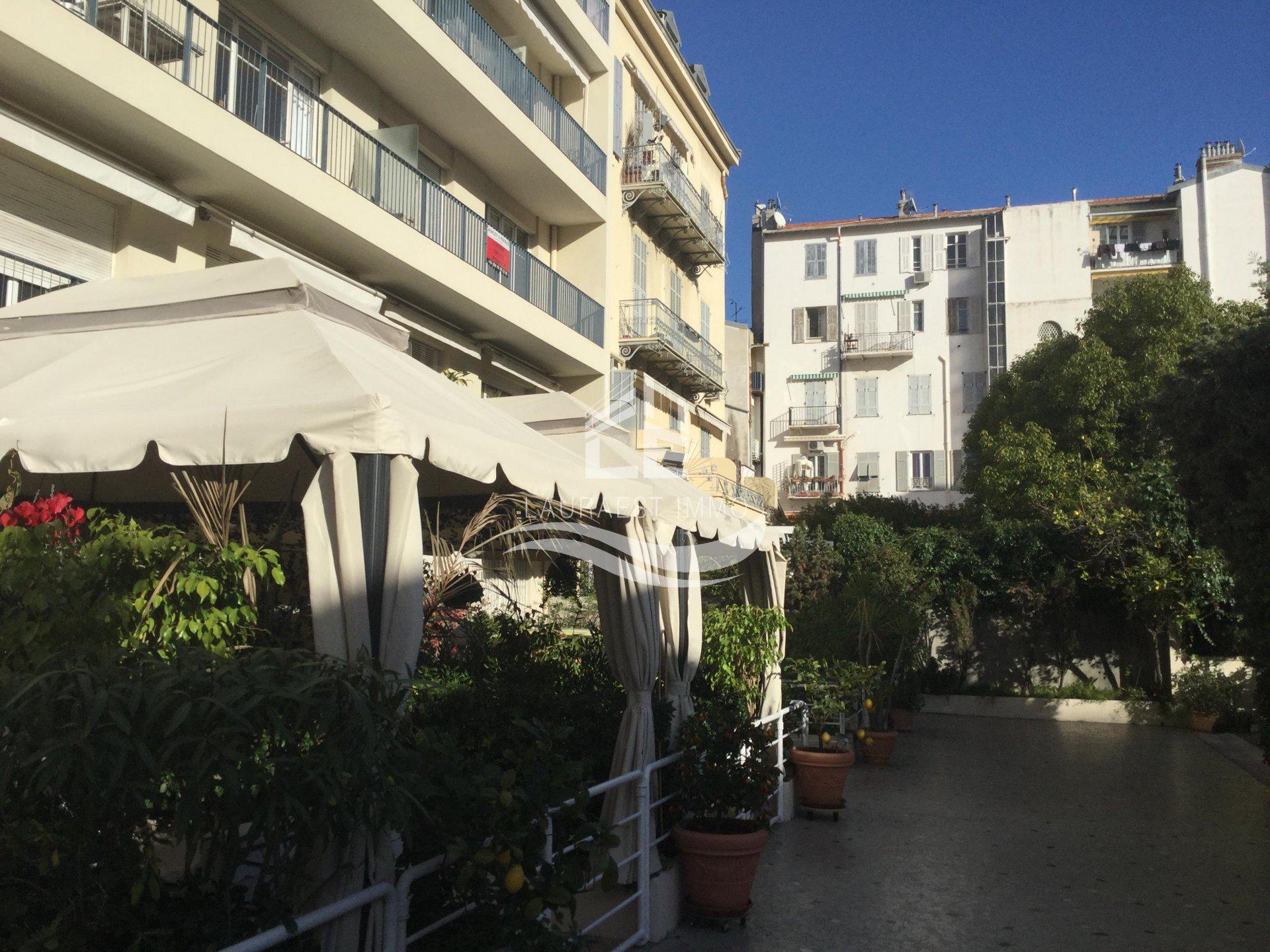 Al Apartment Nice Carré D Or