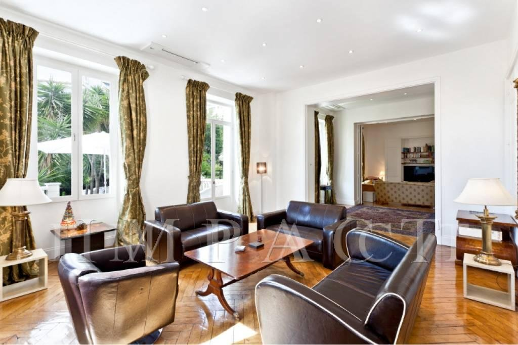 Renovated villa to rent Cannes Center