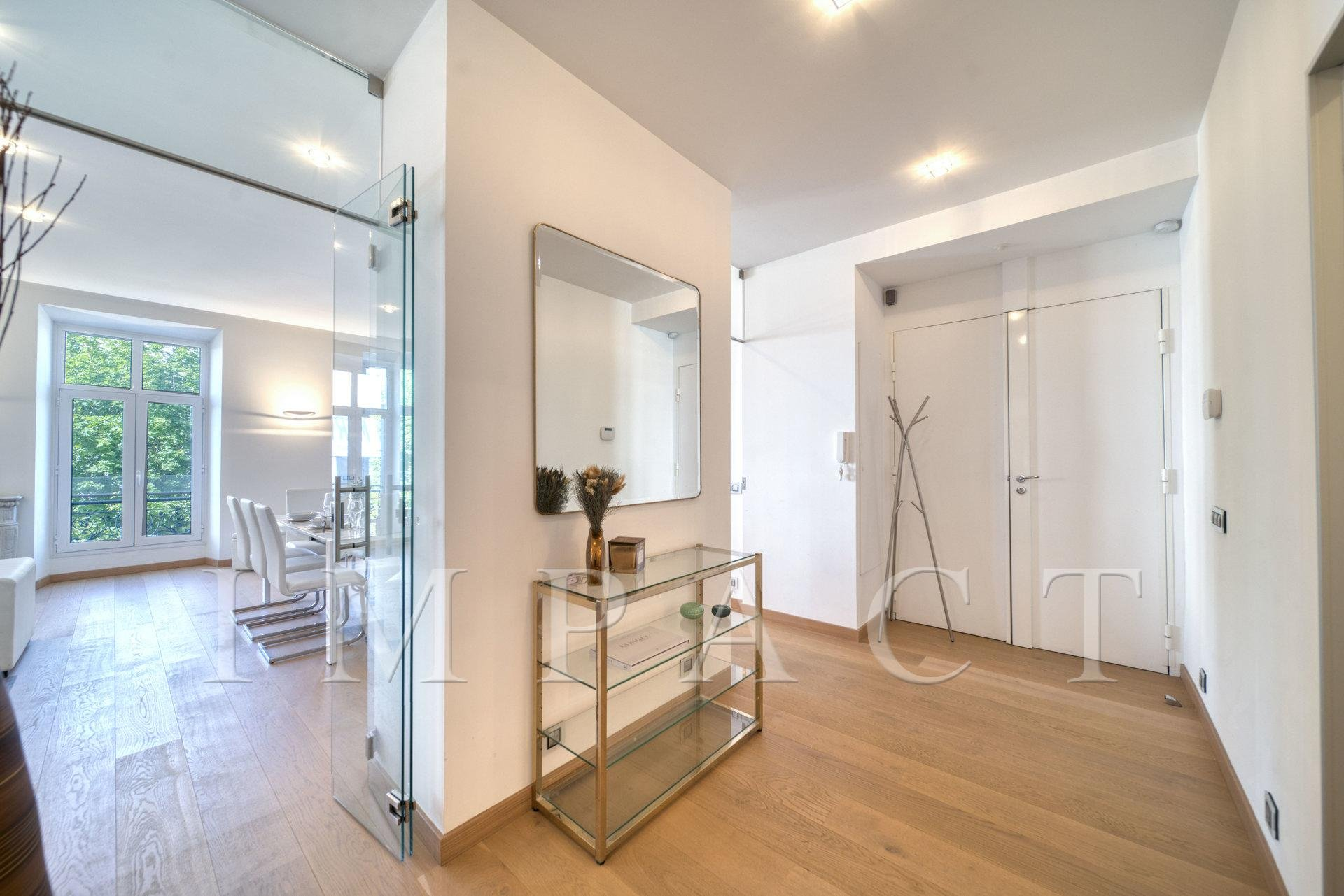 3 bedroom apartment to rent  Cannes Croisette