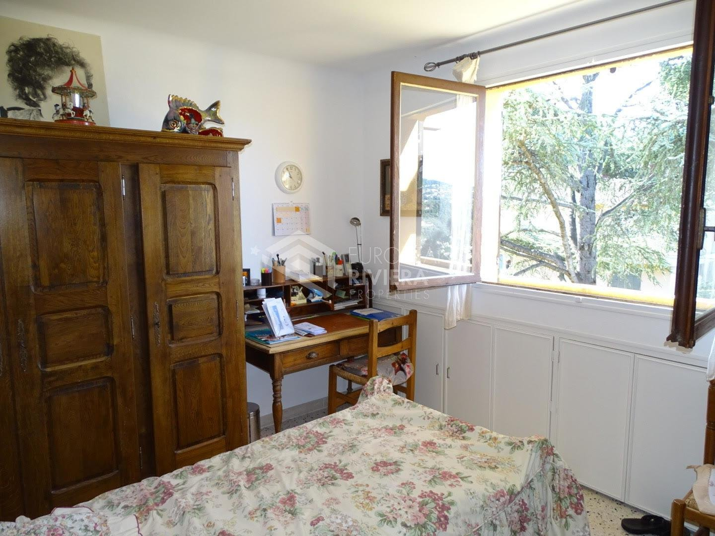 NICE LA TRINITE/CITE DU SOLEIL - F4 - 75M² - TERRASSE 28M² - PARKING