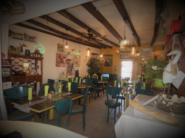 Bar/Restaurant/Chambre D'hôtes in Gouex in de Vienne