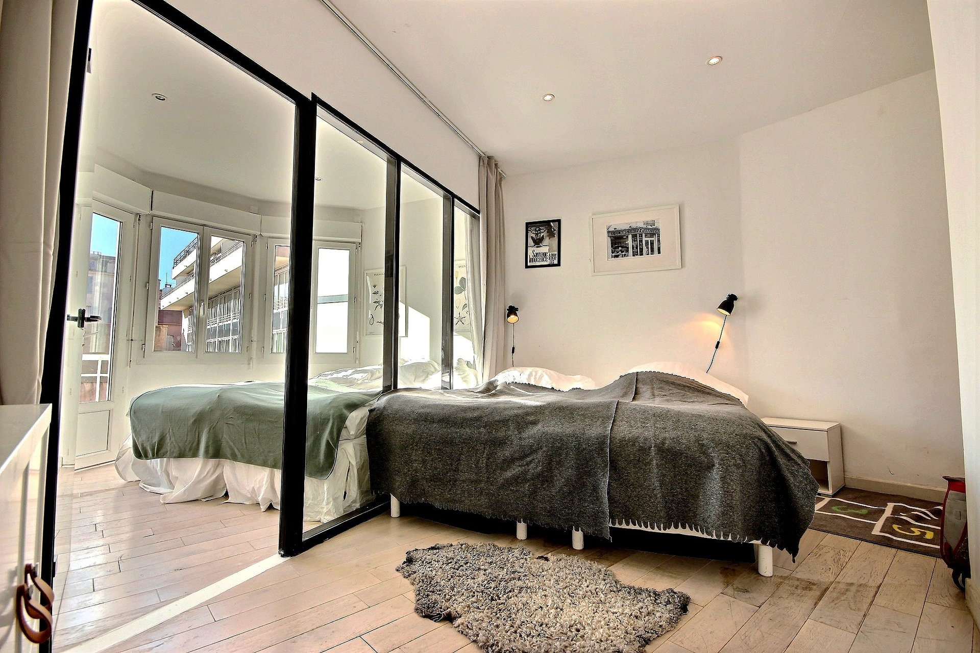 Property for sale in Cannes Banane