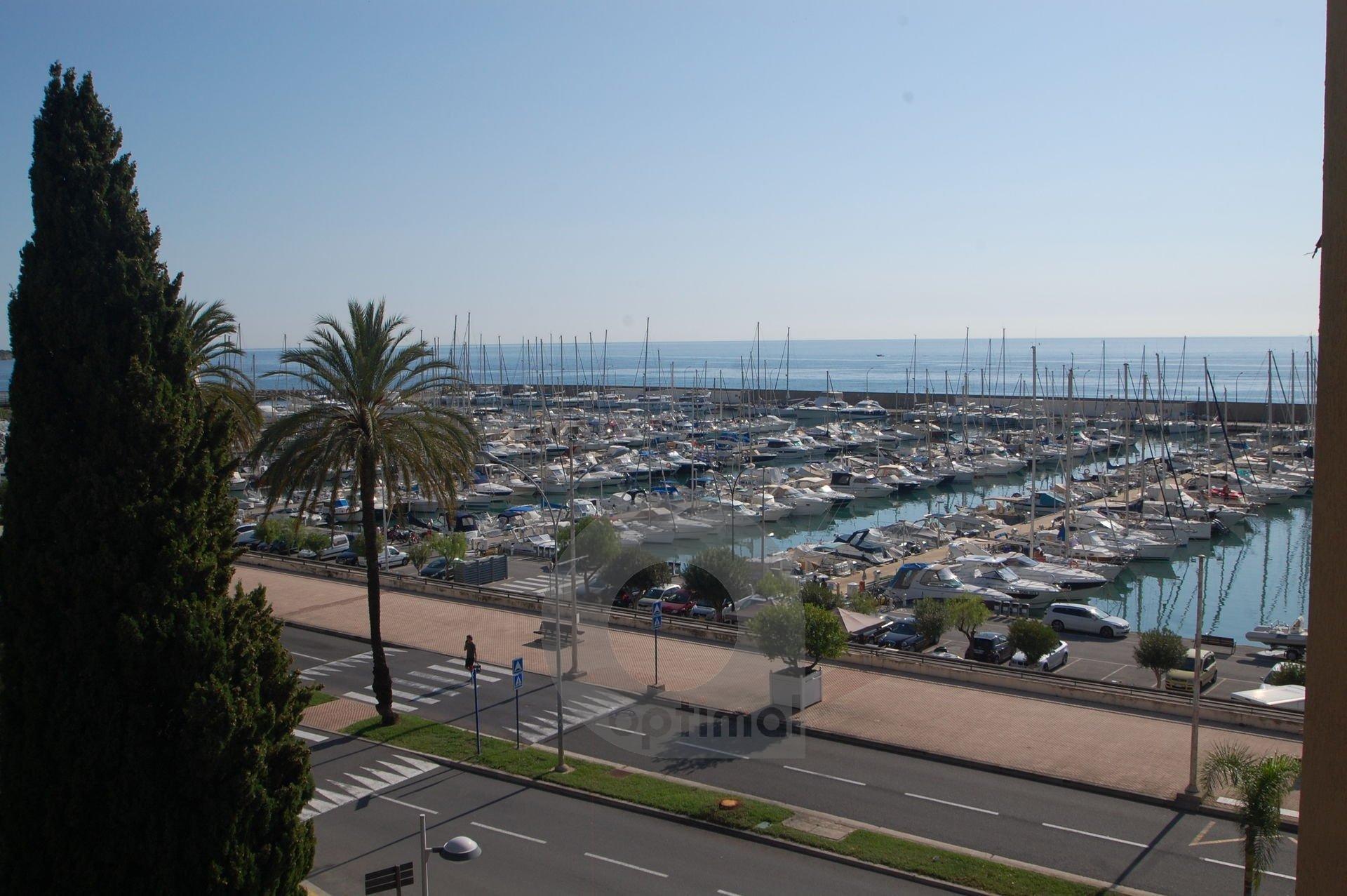 Grand 2P avec garage et terrasse aperçu mer
