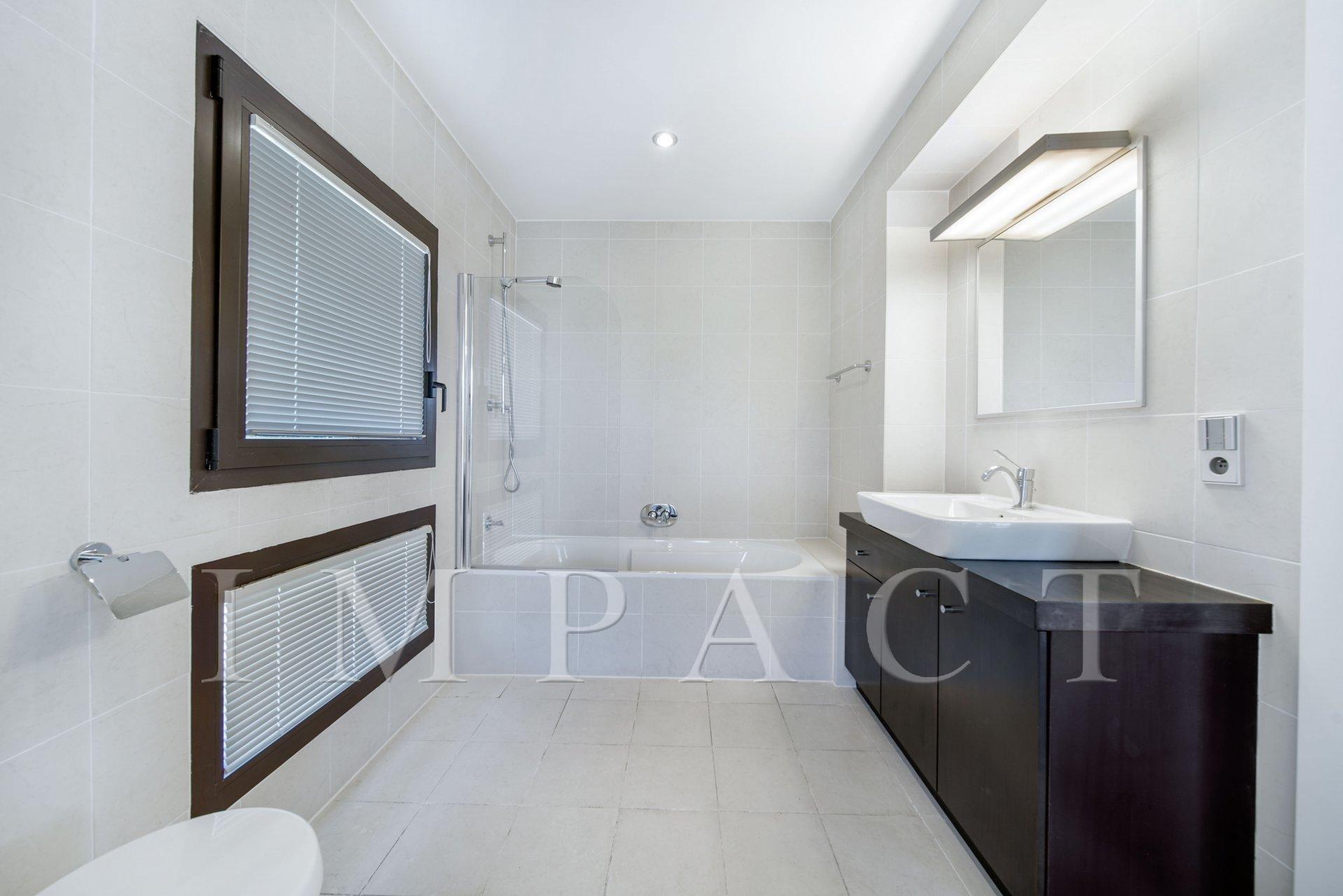Beautiful Villa 5 bedrooms to rent