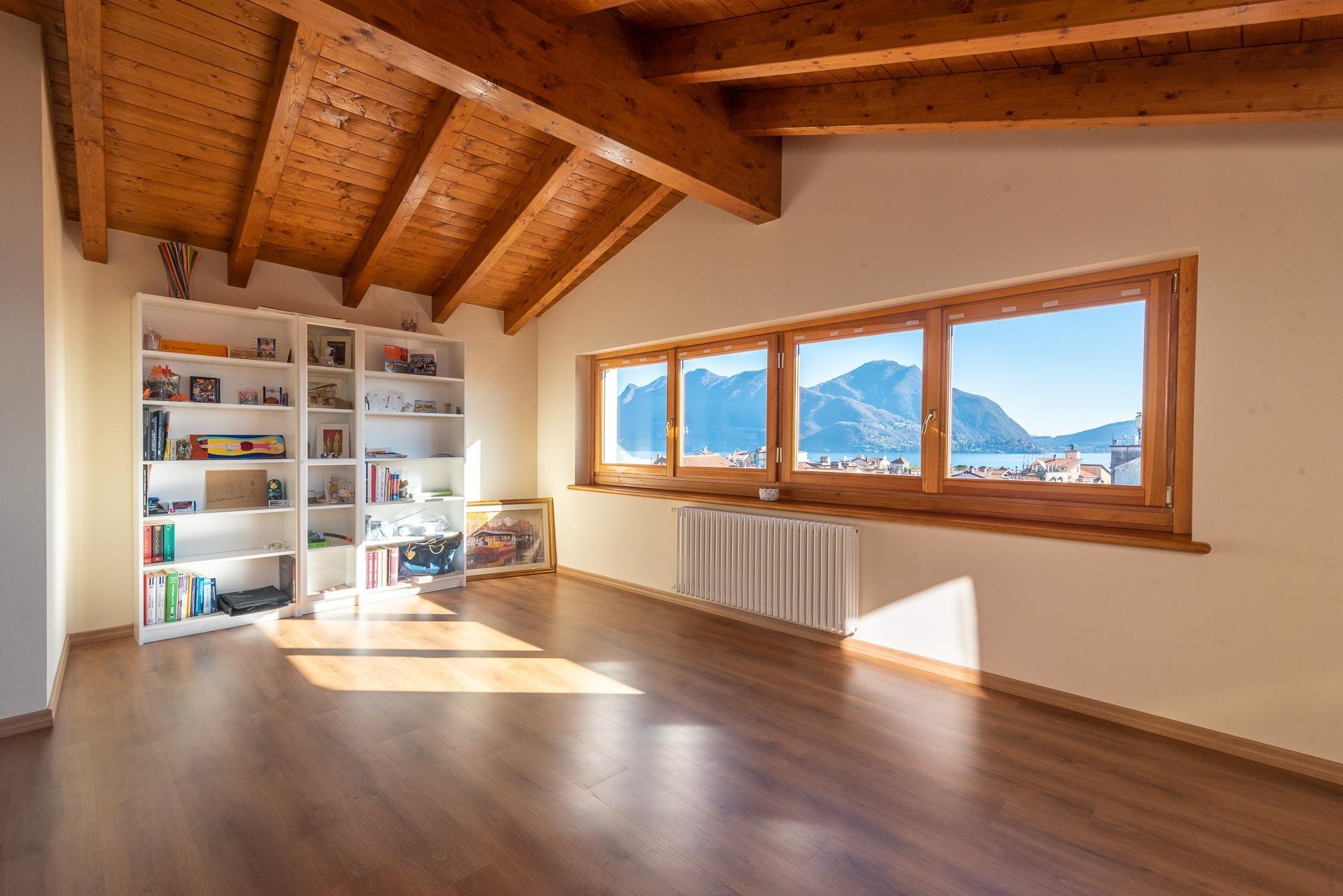 Elegant attic for rent with wonderful lake view
