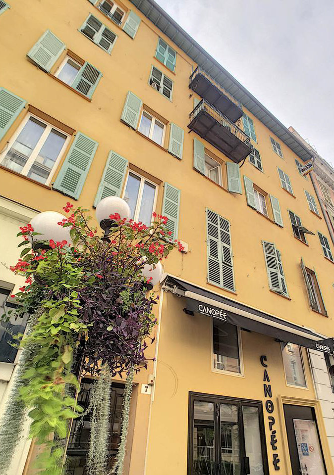 2-bedroom apartment - Nice Carré d'Or