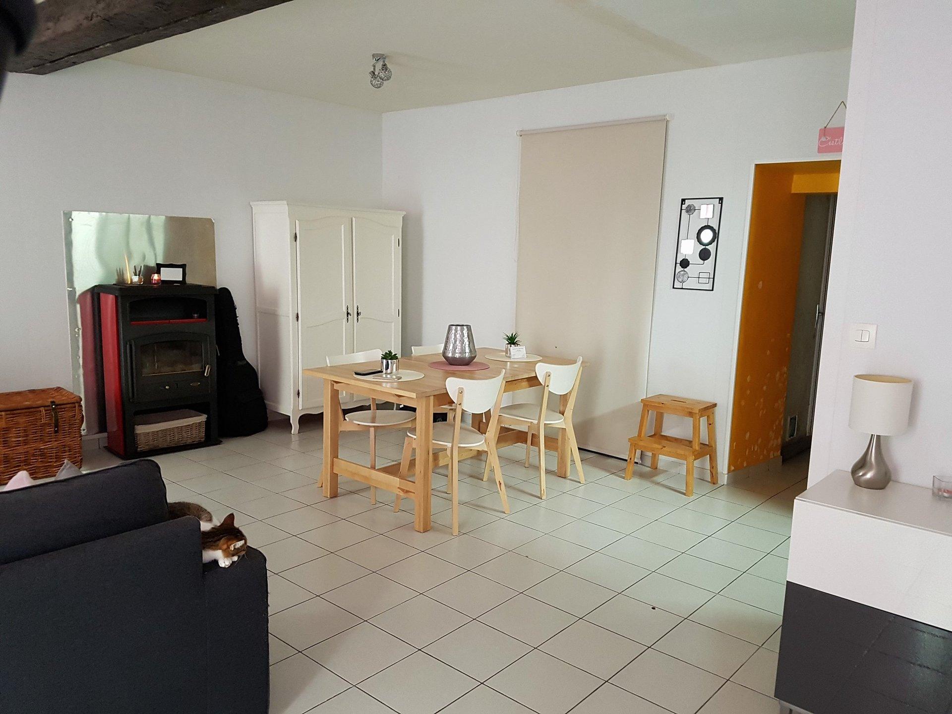 La Trimouille, Vienne 86: charmante maison de village