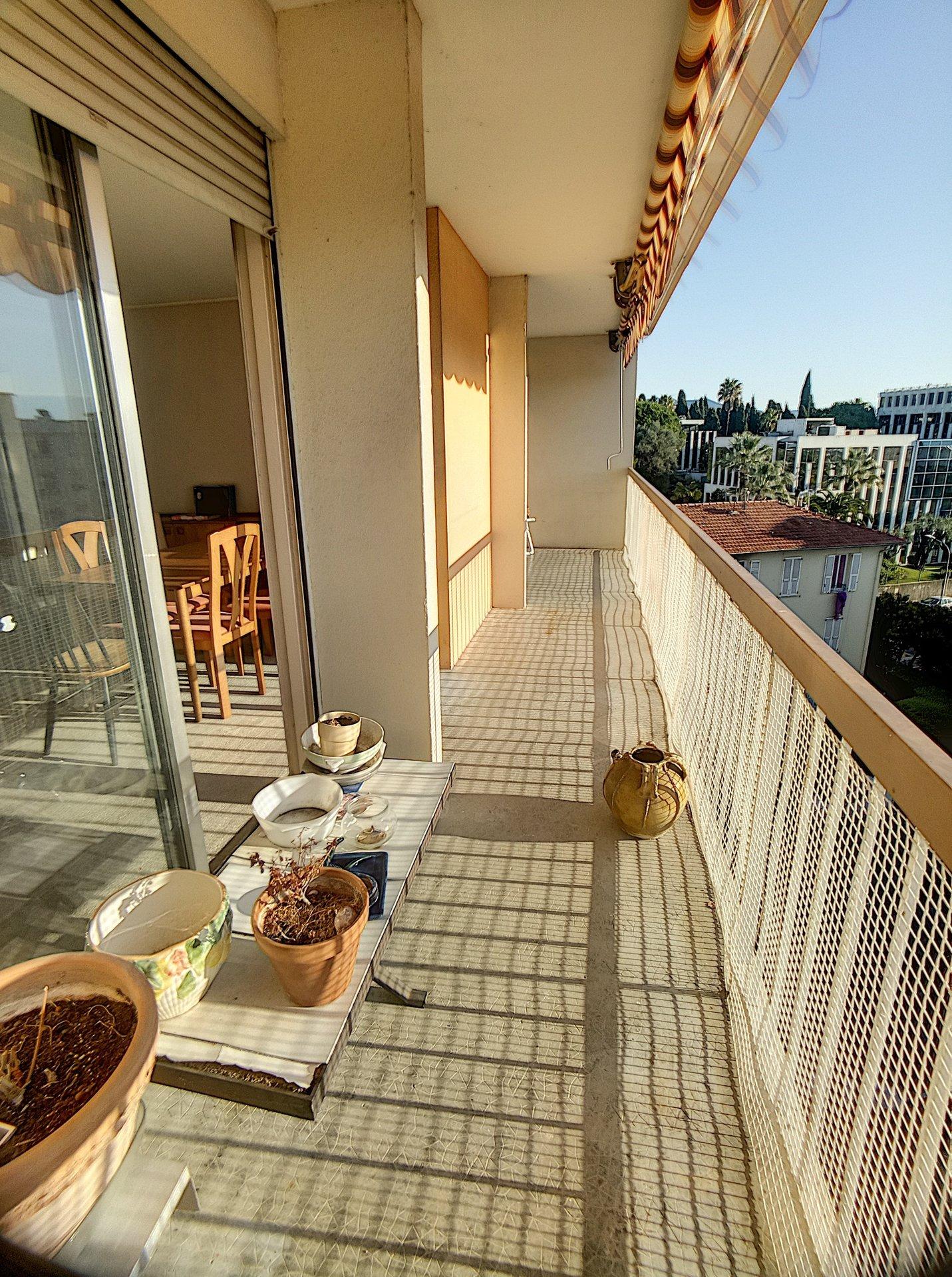Nice Caucade - Appartement 3 pièces 70m² - Parking - Cave